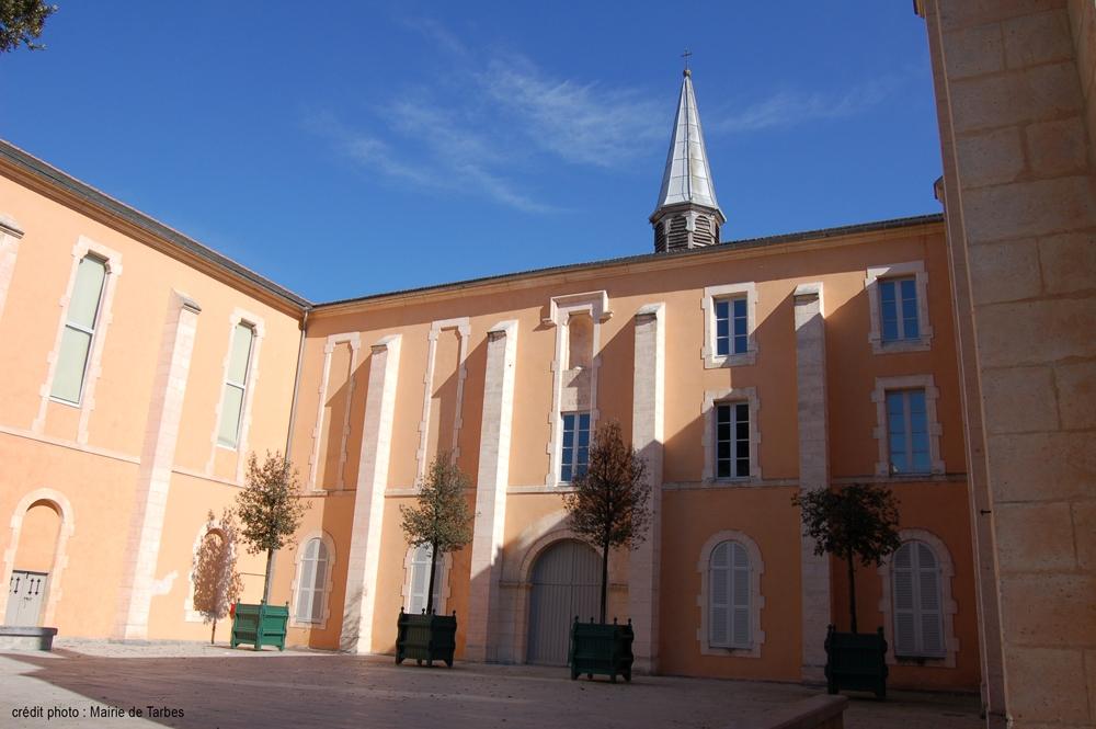 TARBES-Le-Carmel