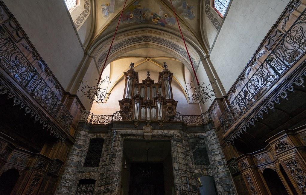 TARBES-cathédrale-Notre-Dame-de-la-Sède-c